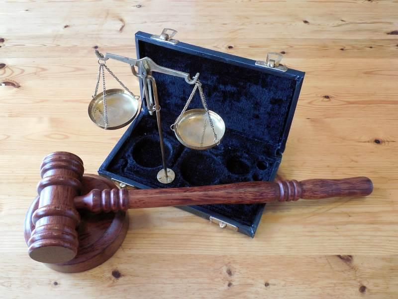 שומרים על המוסר. בית משפט|צילום: pixabay.com
