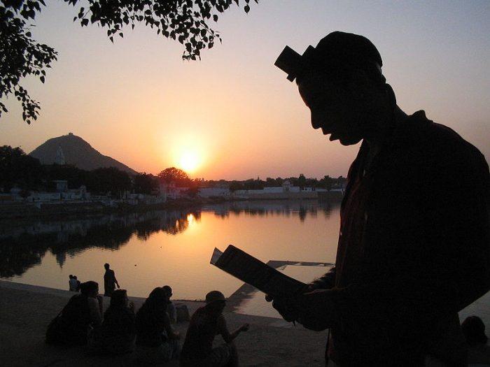לכל אדם יש את הייעוד והשליחות הייחודיים לו  | צילום בבית חבד הודו מתוך ויקפדיה