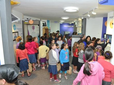 אלפי מבקרים במהלך החג | מכון צומת